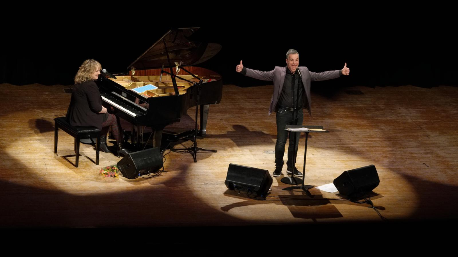 Bruno Pelletier Performs in Columbus